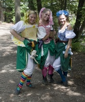 306_2304_2007_Ren_Fair_Girls.jpg