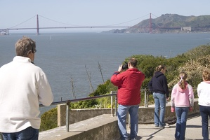 307-9321-SF-Alcatraz-Tourist