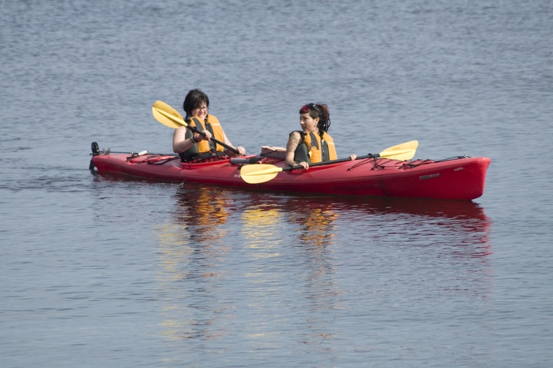 313-0867 Two Girls Kayaking.jpg