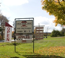 315-2323 Doe Orchards.jpg