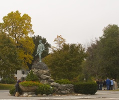 315-1178 Minuteman Statue Lexington Green.jpg