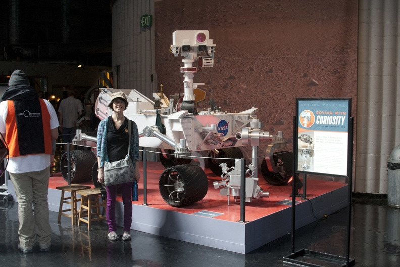 319-9407 Exploratorium - Lucy with Curiosity.jpg