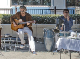 321-2848 Buskers Seaport Village