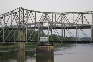 106_1628_Atchison_Bridge_Detail.jpg