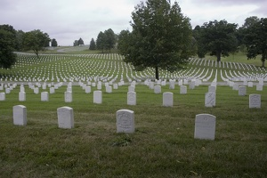 106_0671_National_Cemetery.jpg