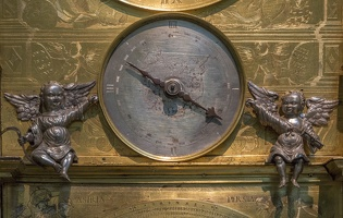 404-7584 London - BM Monumental Carillon Clock 1589