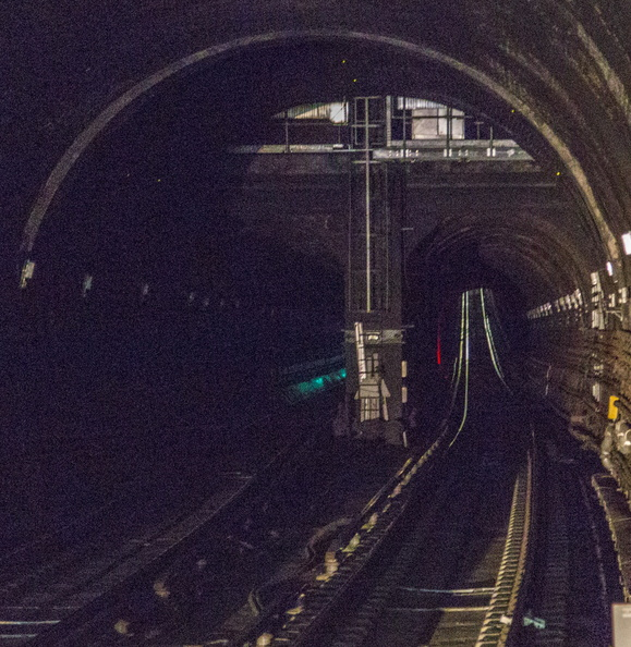404-8423 London - Thames Tunnel Today.jpg