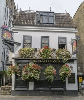 404-8529 London - The Mayflower
