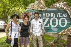 403-2506 Madison - Henry Vilas Zoo - Lynne Lucy Casey