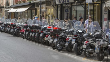 407-4464 IT - Sorrento - Corso Italia Motorcycles