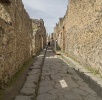 407-4100 IT - Pompeii Alley