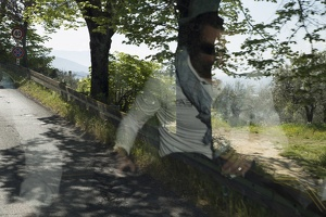 407-9602 IT - Pier Luigi reflected on the road to Assisi