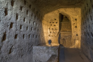407-8609 IT - Orvieto Underground
