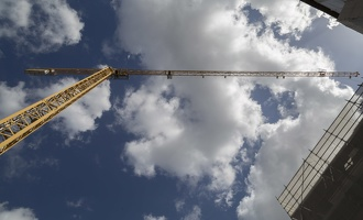 408-3408 IT - Firenze - Crane in Sky