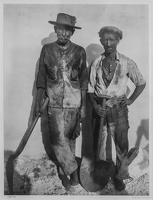 409-2813 VMA - Walker Evans, Dock Workers, Havana, 1933