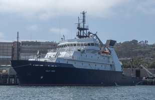 205-1790 San Diego Harbor - Research Vessel Sally Ride
