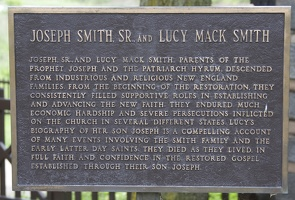 313-9285 Nauvoo IL Joseph Smith Sr and Lucy Mack Smith