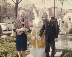 196305-02-Easter-Plaza-VMY-Dick-Jr-1280x1024