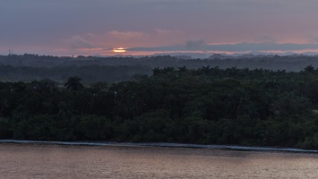 410-3033 Panama Canal - Entering - Sunrise